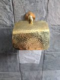 Goudkleurige Brass toiletrolhouder, handgemaakt in Marokko_