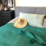 Marokkaans pompom deken 175x285 cm emerald green_