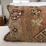 Berber Boujaad kussen met kelim achterkant 63x28m_
