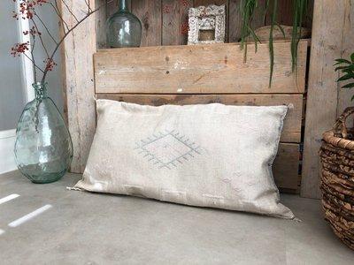 Sabra silk - cactus zijde kussen 50x95cm